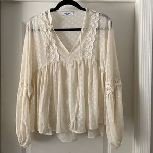 Carly Jean Peasant Top, Size L